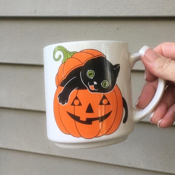 Vintage Other - Vintage 1987 cmc Halloween coffee mug